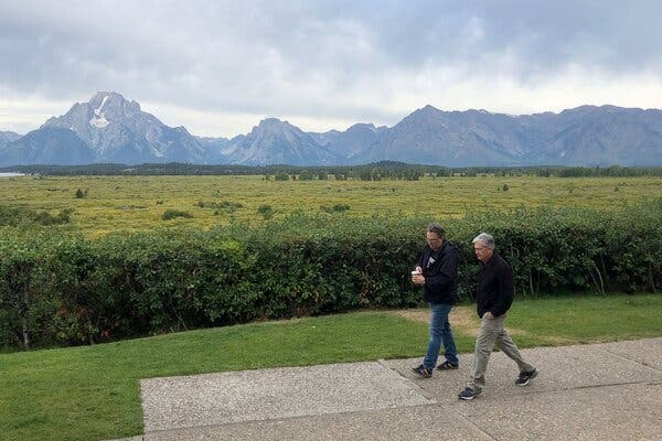 Why Investors are Selling Dollars Ahead of Jackson Hole